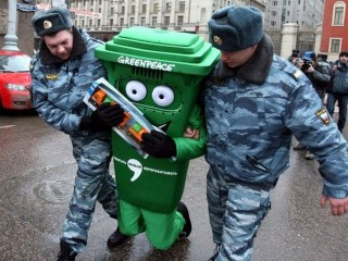 Funny-Garbage-Bin-Fun-And-Education-28-320x240