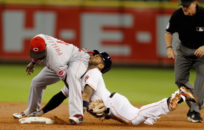 funny-baseball-player-falling-picture