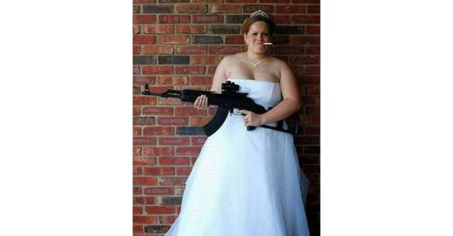 Bad-Wedding-Photos-Smoking-Bride-Machine-Gun