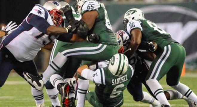 Mark_Sanchez_Butt_Fumble